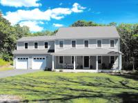 60 Captain Bohnenberger, Falmouth, MA 02536