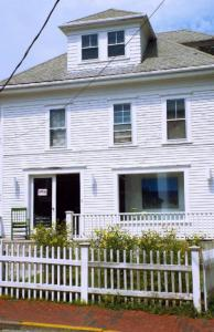 416 Commercial Street, Provincetown, MA 02657