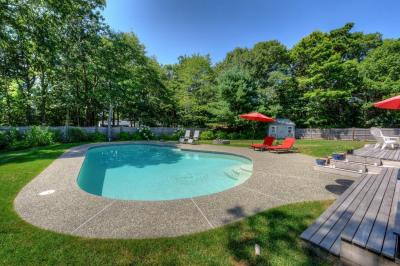 Photo of 41 Barnicle Drive, Barnstable, MA 02648