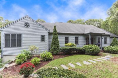 Photo of 305 Lovells Lane, Barnstable, MA 02648