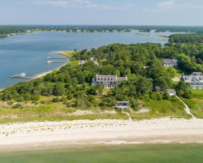 Photo of 979 Sea View Avenue, Barnstable, MA 02655