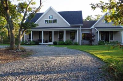 Photo of 111 Oak Lane, West Tisbury, MA 02575
