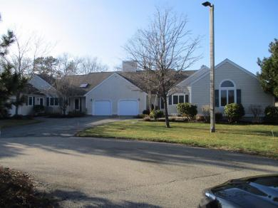 7 Beacon Court, Mashpee, MA 02649