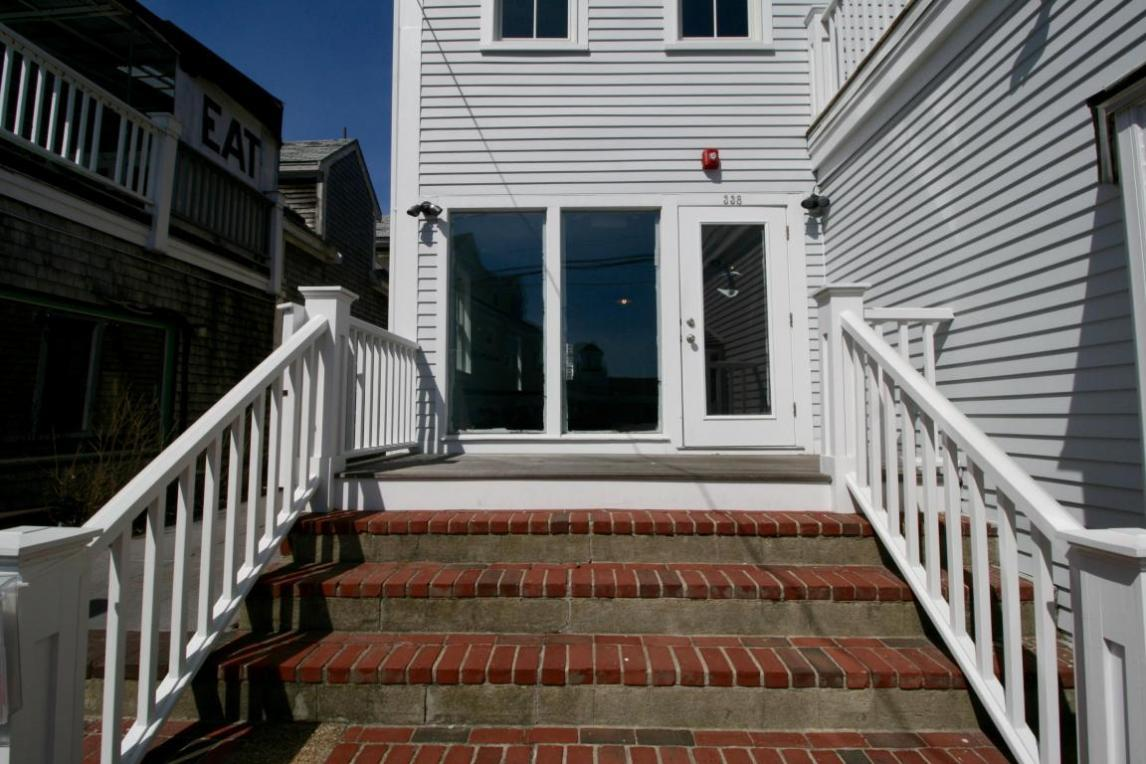 338 Commercial Street #2, Provincetown, MA 02657