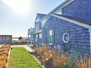 Photo of 6 Kearsarge Road, Yarmouth, MA 02664