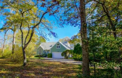 Photo of 35 Eastview Terrace, Barnstable, MA 02648
