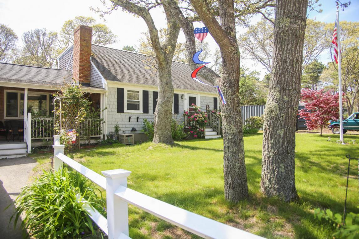 25 West Pond Road, Chatham, MA 02633