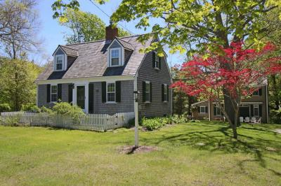 Photo of 15 Center Street, Dennis, MA 02641