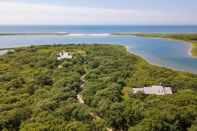 Photo of 50 Oyster Watcha Road, Edgartown, MA 02539