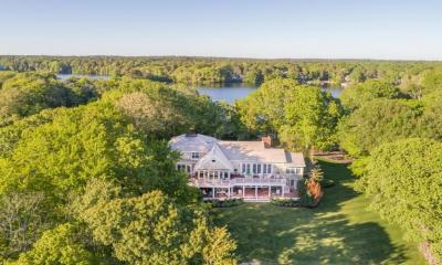 Photo of 286 Holly Point Road, Barnstable, MA 02632