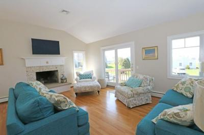 Photo of 2 Barkentine Circle, Yarmouth, MA 02664