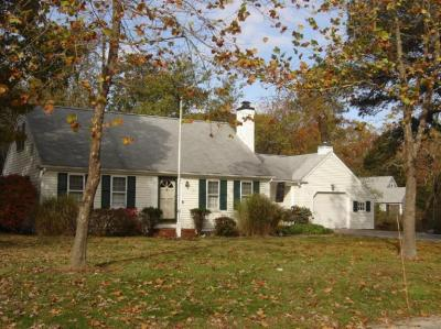 Photo of 95 Roseland Terrace, Barnstable, MA 02648