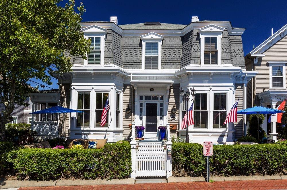 164 Commercial Street, Provincetown, MA 02657