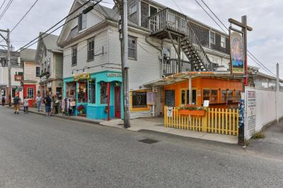Photo of 331 Commercial Street, Provincetown, MA 02657
