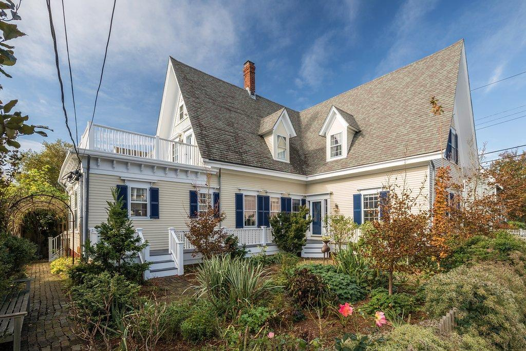8 Cottage Street, Provincetown, MA 02657