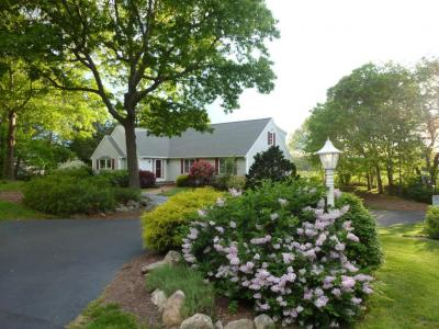 Photo of 435 Whistleberry Drive, Barnstable, MA 02648
