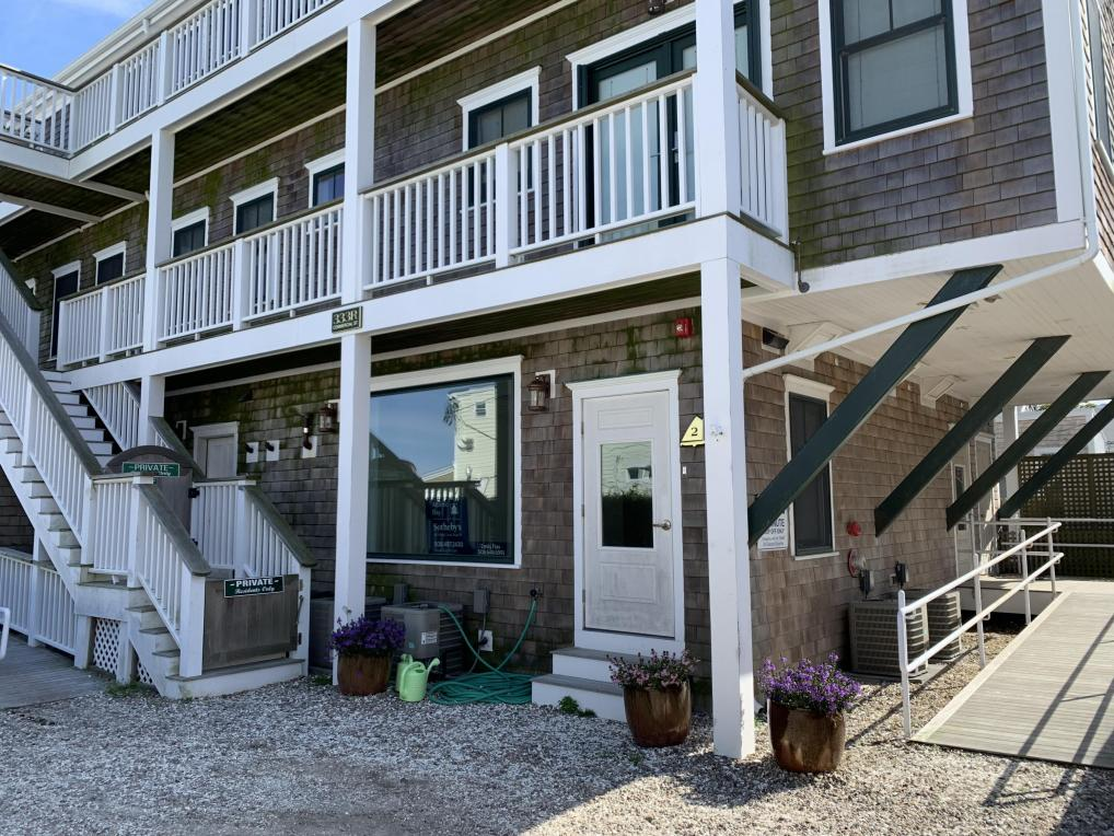 333 Commercial Street #2, Provincetown, MA 02657