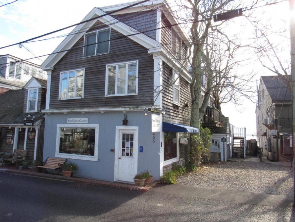 435 Commercial Street, Provincetown, MA 02657
