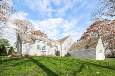 Photo of 98 Waterside Drive, Barnstable, MA 02632