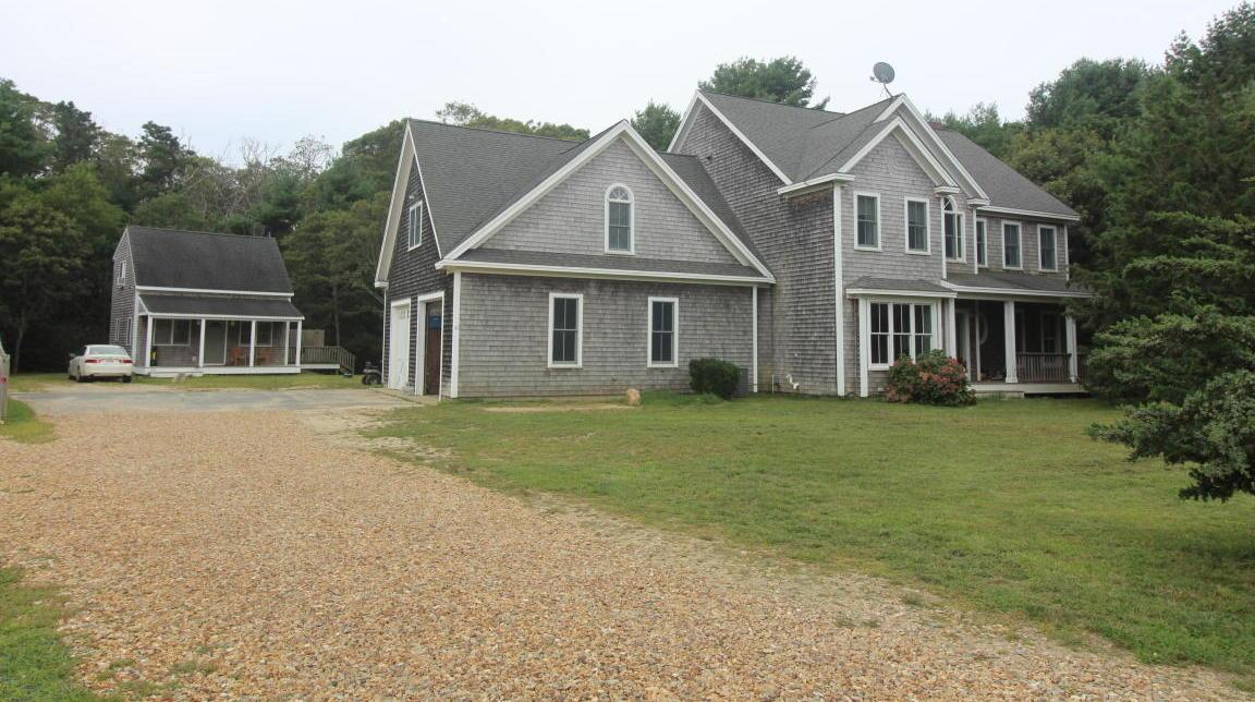 43 Cow Path Path, Tisbury, MA 02568
