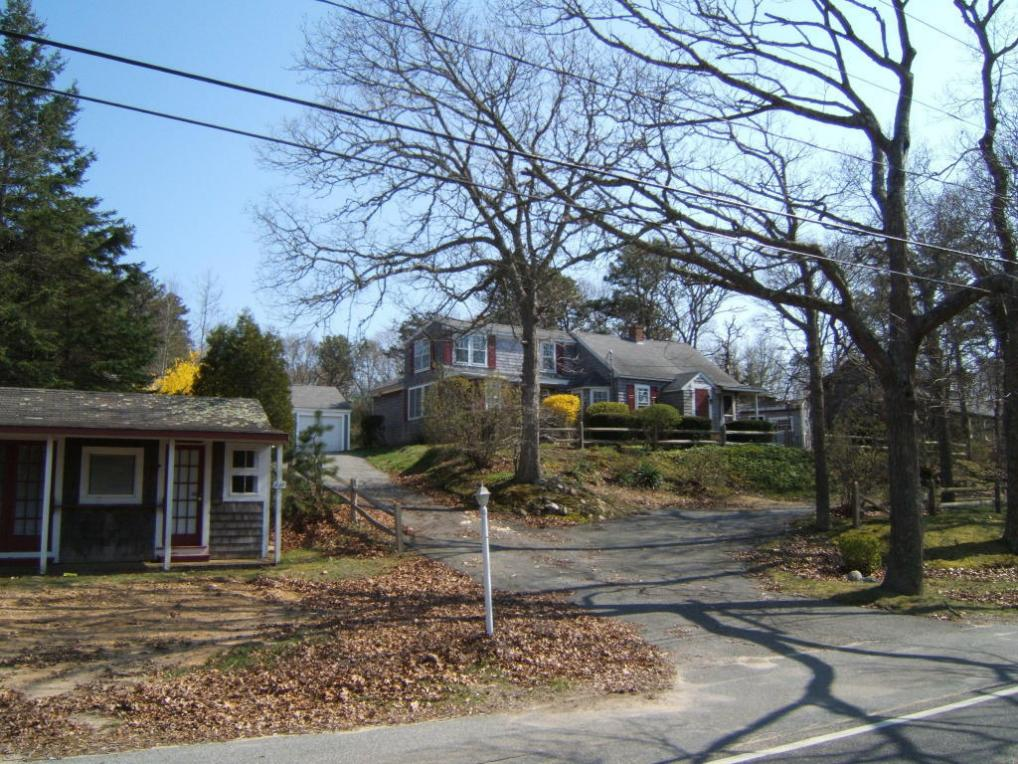 845 Route 28, Harwich, MA 02646