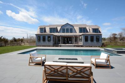 Photo of 32 Crooked Lane, Nantucket, MA 02554