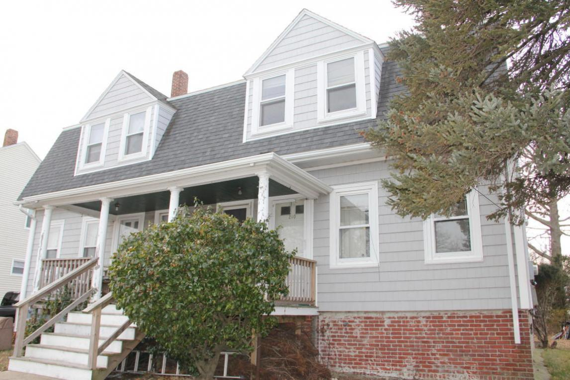208 Water Street, Plymouth, MA 02360