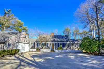 Photo of 558 Lumbert Mill Road, Barnstable, MA 02632