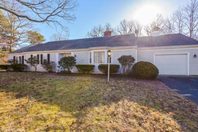 Photo of 223 Great Western Road, Yarmouth, MA 02664