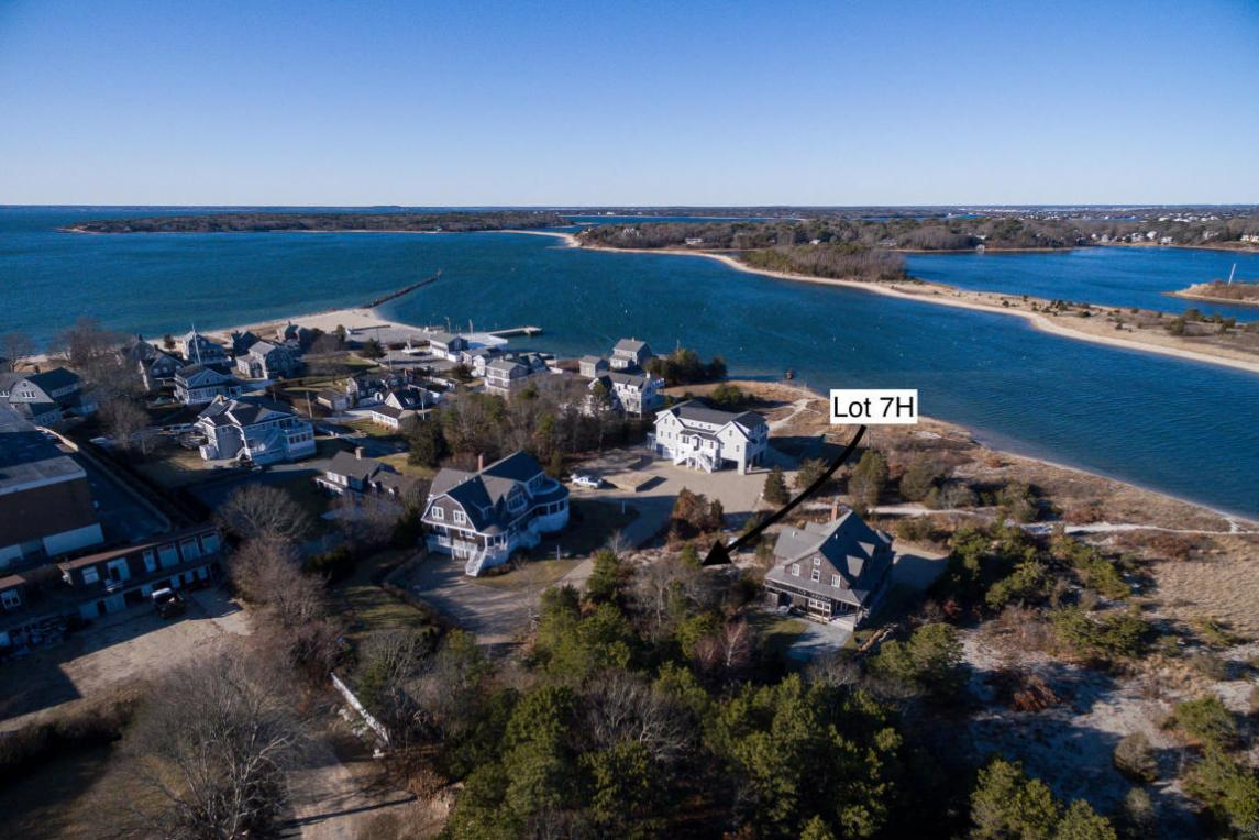 35 Pine Bank Road #7h, Falmouth, MA 02556