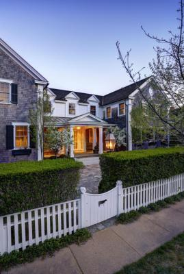 Photo of 22 Peases Point Way, Edgartown, MA 02539