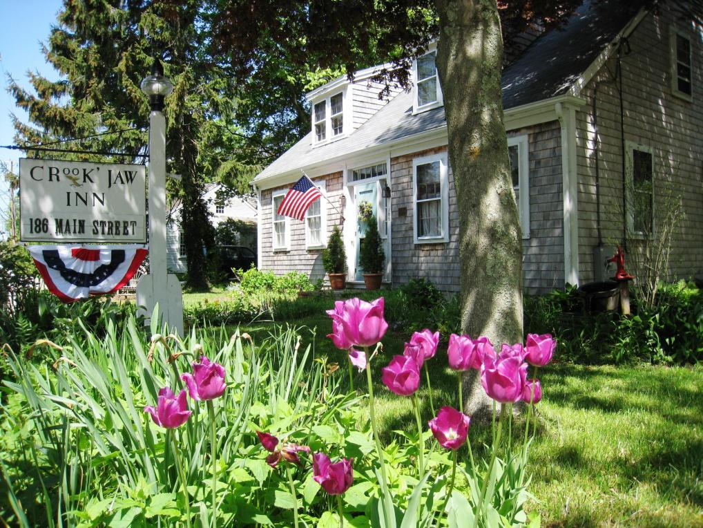 186 Route 6a, Yarmouth, MA 02675