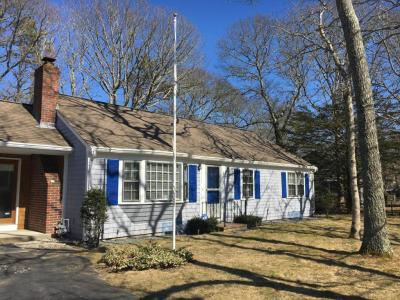 Photo of 374 Strawberry Hill Road, Barnstable, MA 02601