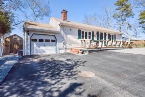 8 Blueberry Road, Plymouth, MA 02360
