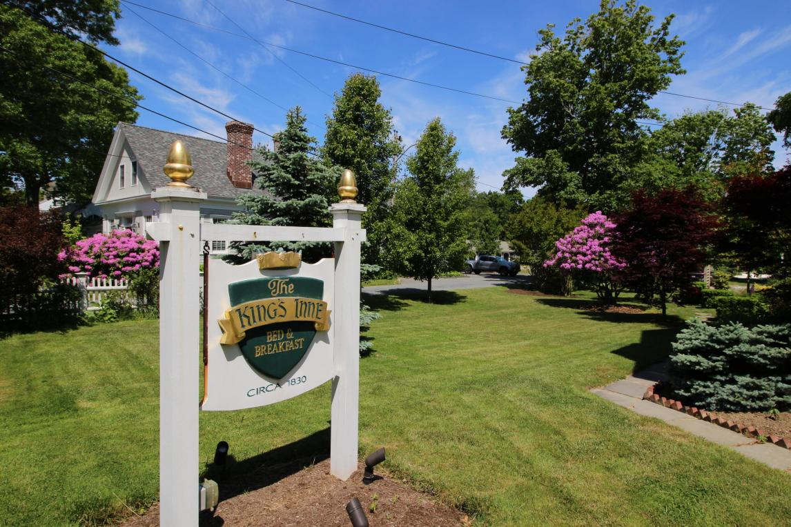 112 Route 6a, Yarmouth, MA 02675