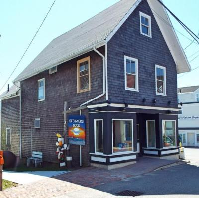 Photo of 347 Commercial Street, Provincetown, MA 02657