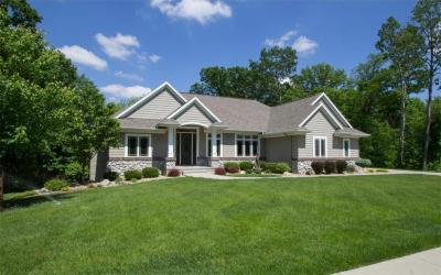 Photo of 4708 Keystone Ridge SE, Cedar Rapids, IA 52403