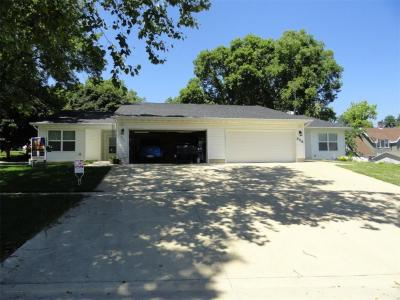 Photo of 324/326 W 2nd Street, Monticello, IA 52310