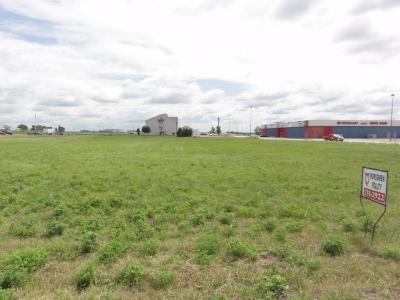 Photo of 400 Factory Outlet Drive, Story City, IA 50248