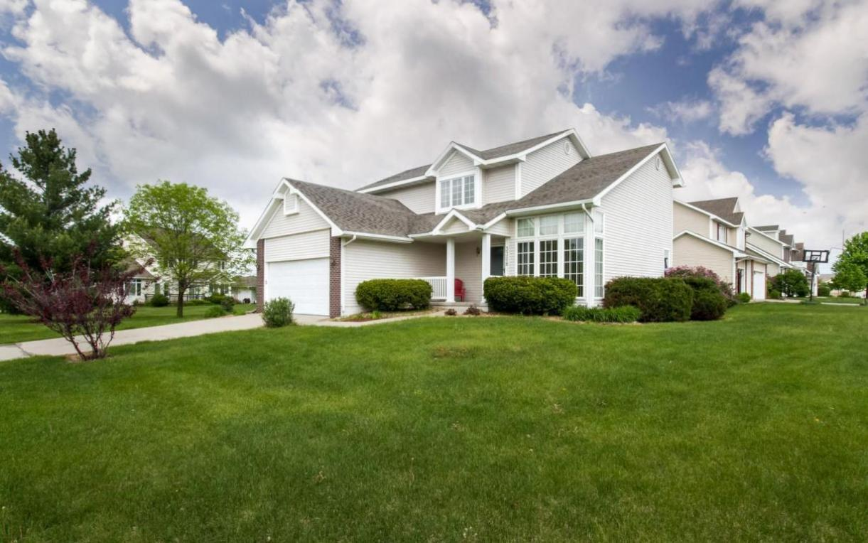 3308 Valley View Road, Ames, IA 50014