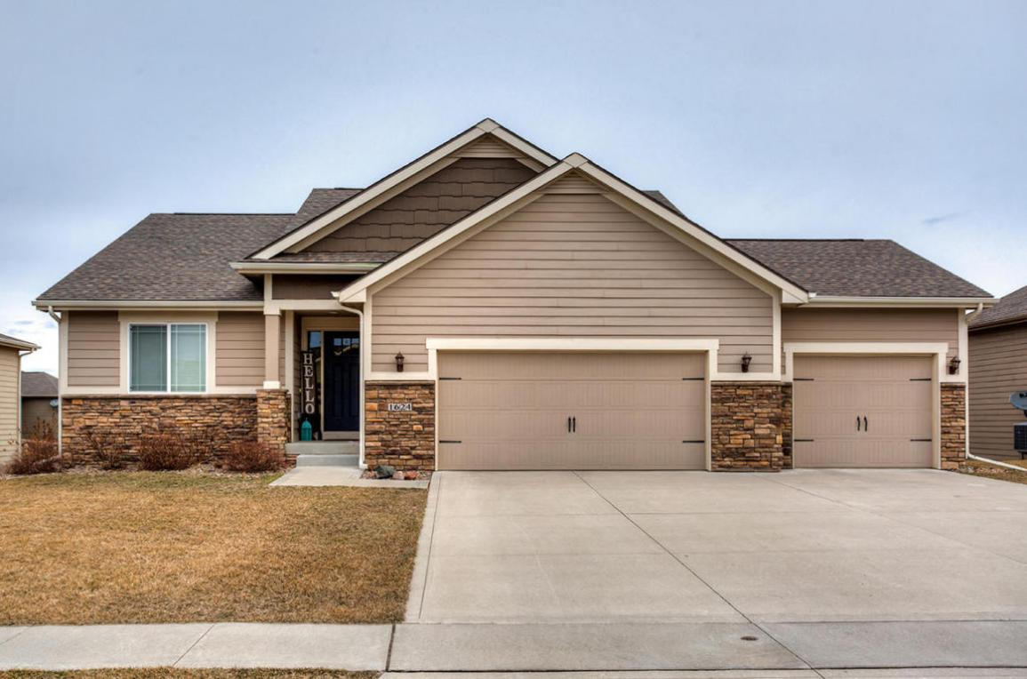 1624 NW 30th Court, Ankeny, IA 50023