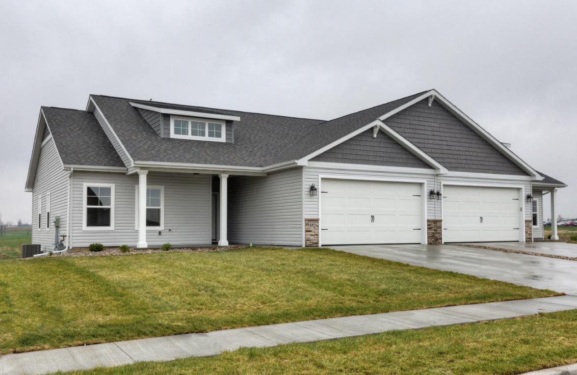 485 Bella Vista Court, Huxley, IA 50124