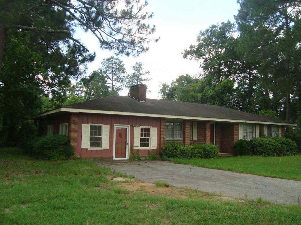 271 Broad Street, Hawkinsville, GA 31036