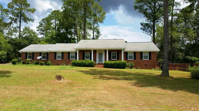 538 Perry, Hawkinsville, GA 31036