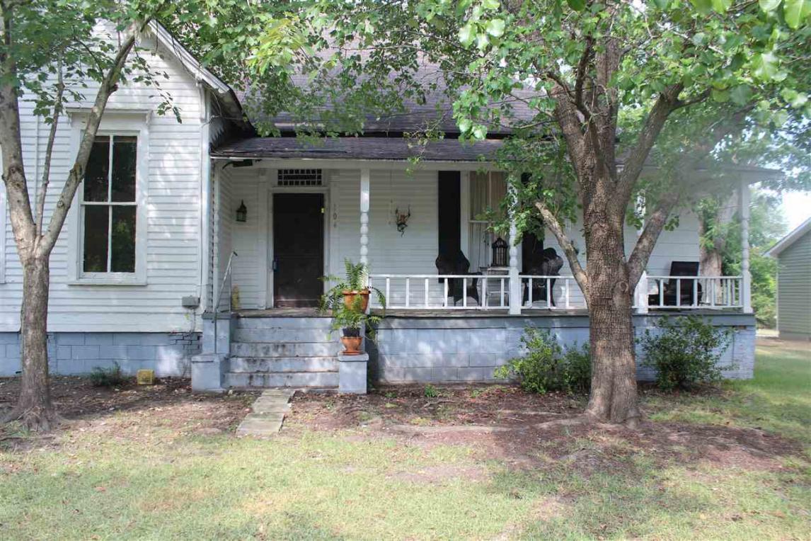 104 Randolph, Oglethorpe, GA 31068
