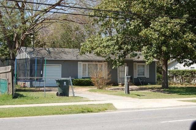 721 N Davis, Warner Robins, GA 31093