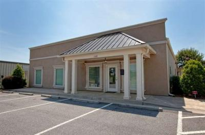 Photo of 106 Constitution Drive, Warner Robins, GA 31088