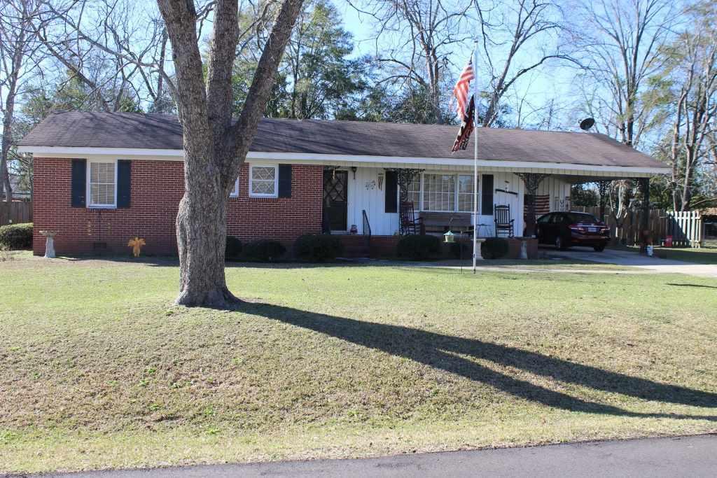 1424 Baker, Perry, GA 31069