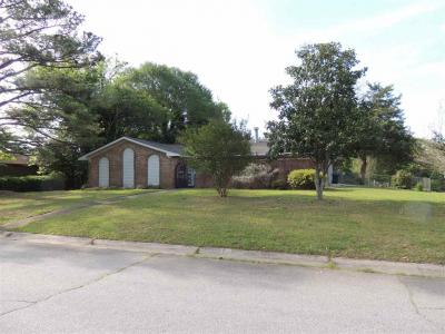 Photo of 122 Valencia Circle, Centerville, GA 31028