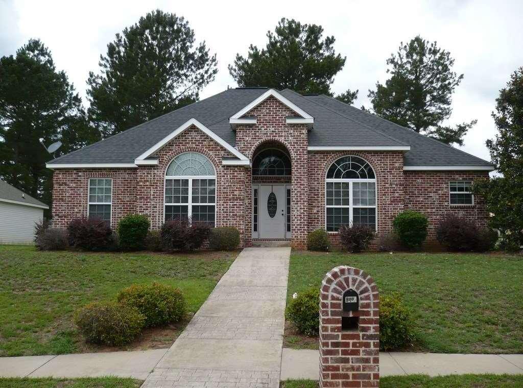 600 Amberley Court, Kathleen, GA 31047